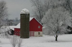 Barn, snow